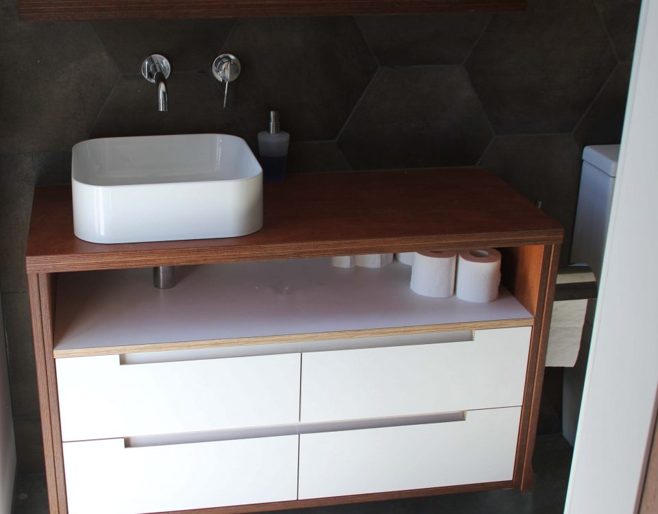 Vanity cromwell joinery